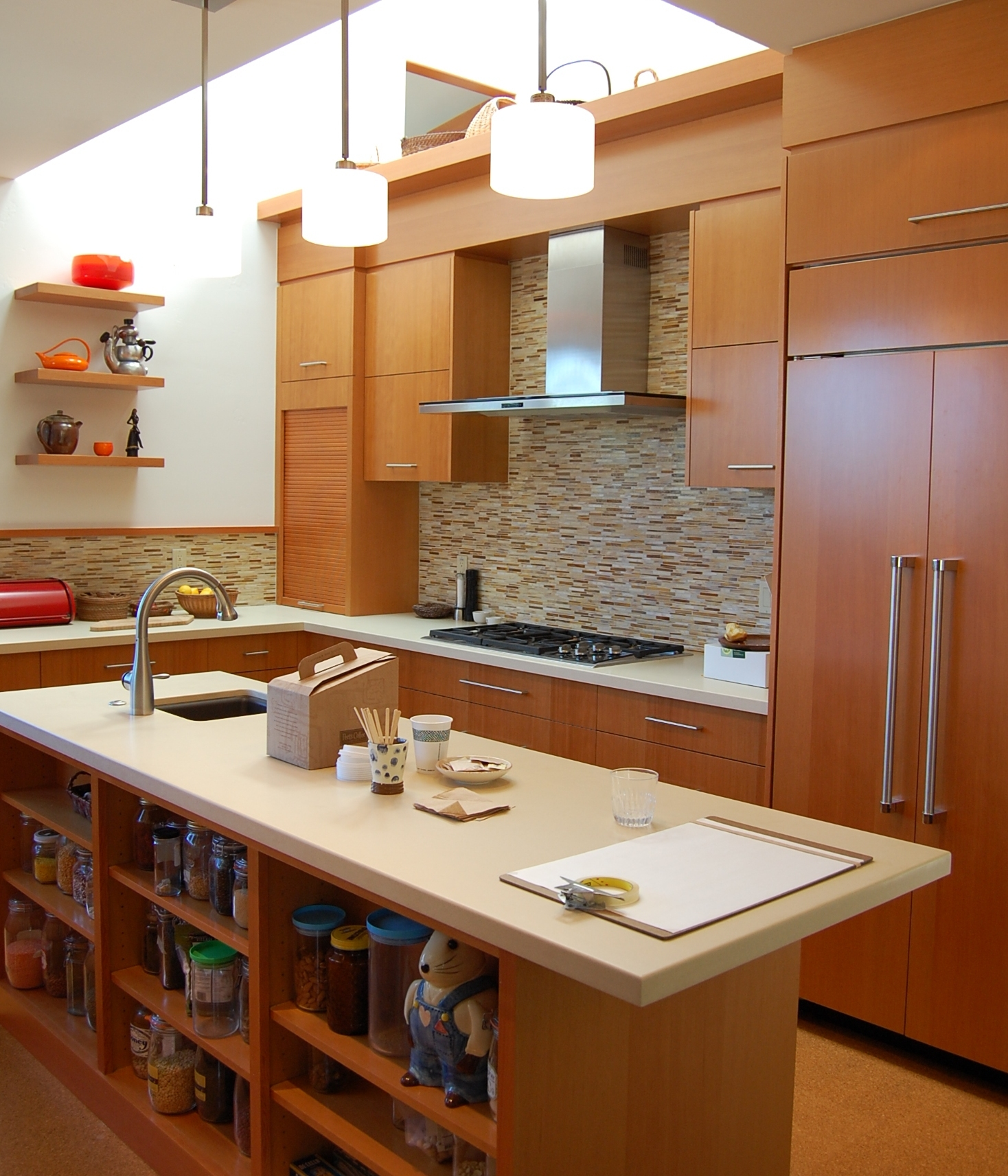 Modern Kitchens By The Outstanding Zed Experience: NorCal Construction